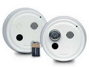 Gentex 9120TF, P/E Smoke Detector, 120VAC w/Piezo Sounder, Integral 135-deg(f) Heat, Contacts, 9V Backup