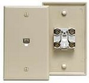 Leviton  40249I (40249-00I , 40249-I) Smooth Finish Type 625B4 Modular Wall Jack, Standard Plate, 6-Position, 4-Conductor (Ivory)